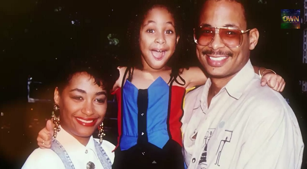 Here Raven and her parents look half Black and half Black.